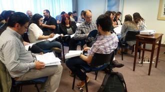 """Más de 40 maestros y profesores participaron de los talleres sobre """"Economía & Finanzas"""""""