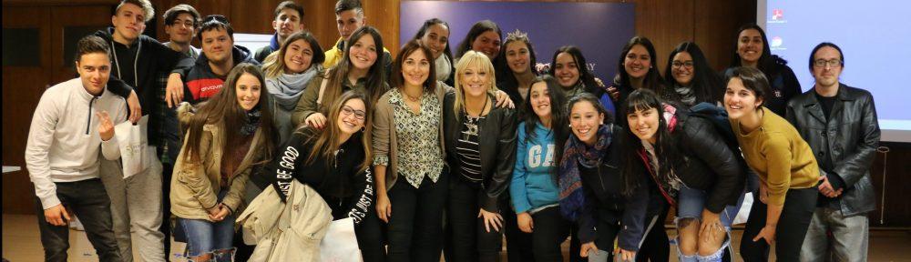 """Bachillerato del Liceo 9 visita """"Bancania"""" y aprende sobre política monetaria"""