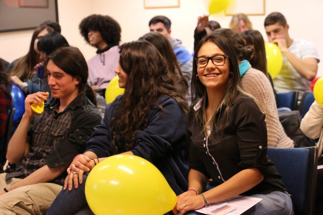 Un grupo de estudiantes de 6to de Economía del IAVA participó en talleres de sistema financiero y política monetaria.